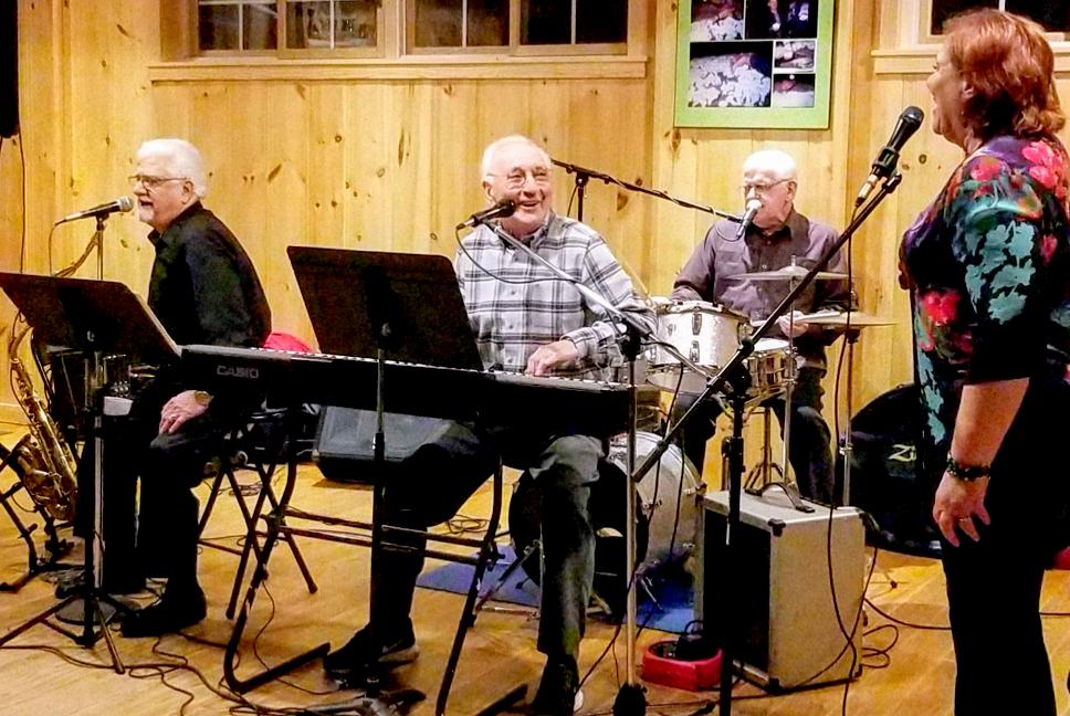 Live Music w/ Dave Dilks & Friends 4/19